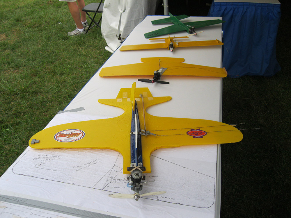 Spare Coroplast airplane models
