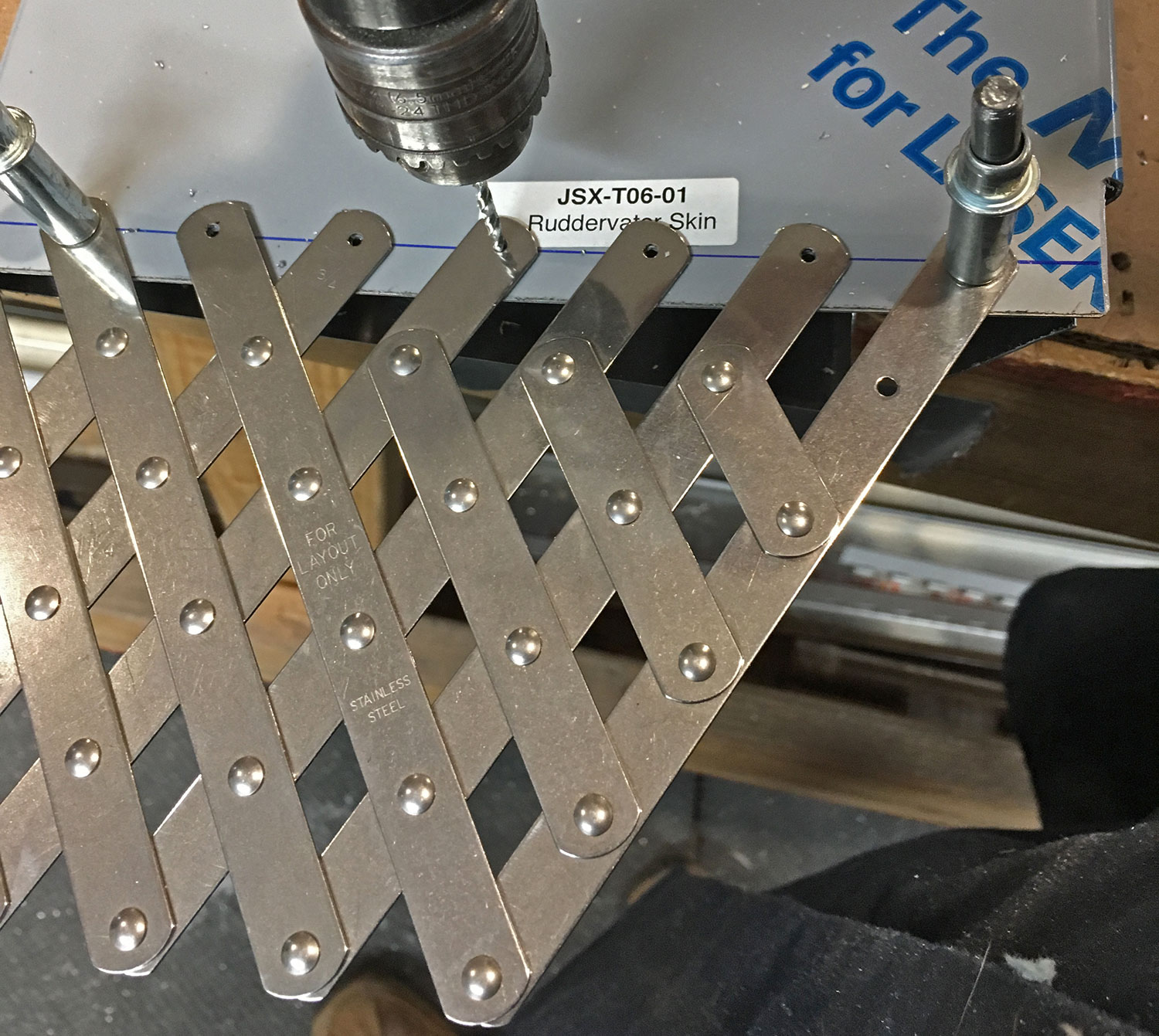 rivet fan drilling