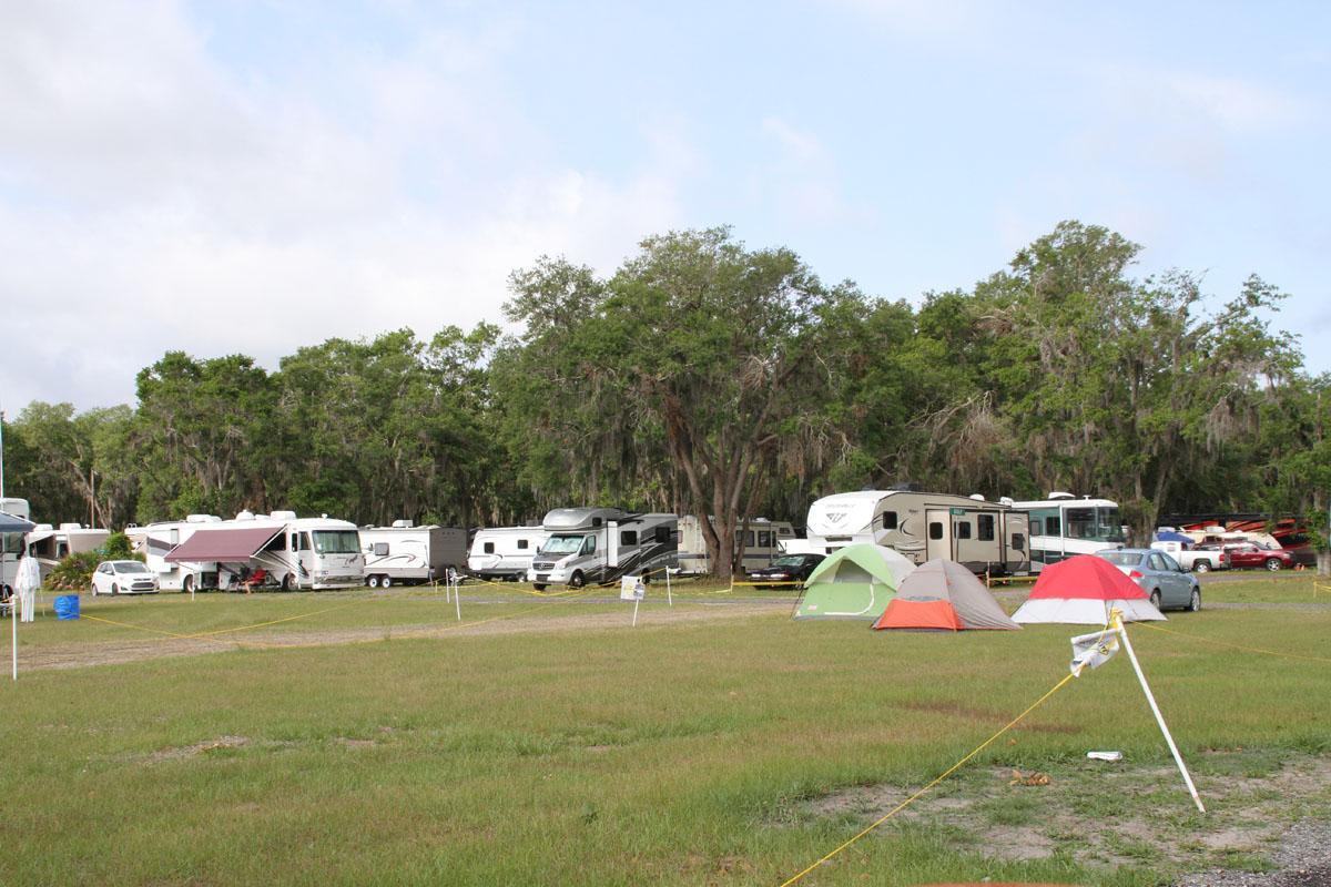 Homebuilt camping at Sun 'n Fun.